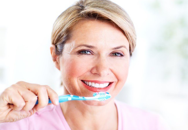 Brushing For Sensitive Teeth