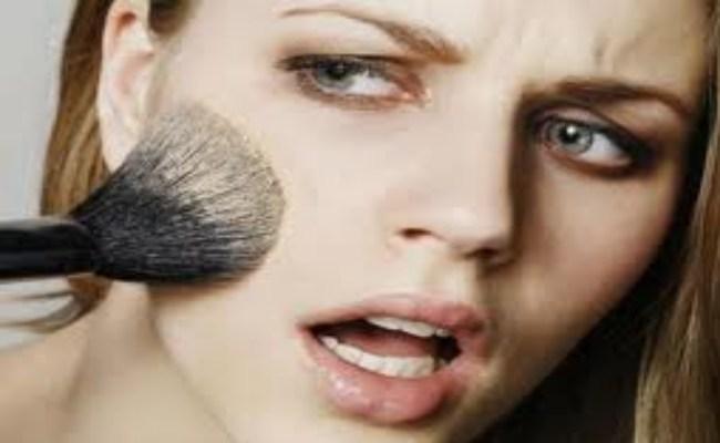 Avoid Make Up